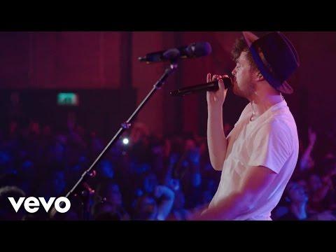Rixton - Wait On Me (Live) - #VevoHalloween