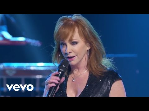 Reba McEntire - Until They Don't Love You (Outnumber Hunger Concert)