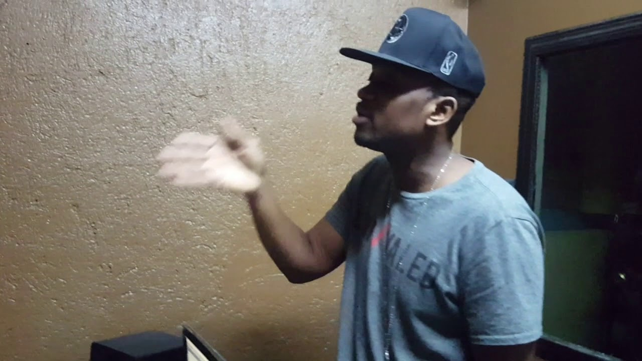 Busy Signal  Stay So ( In Studio Session)  The Turf