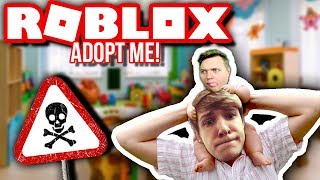 MY FATHER IS BAD AT PARKOUR! :: Vercinger & Kova i Roblox Adopt Me English