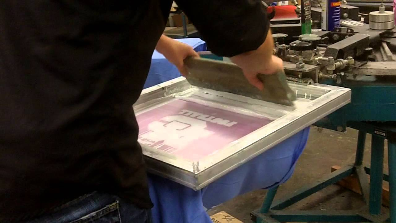 How To Print a Good Underbase | Screen Printing Tutorial - YouTube