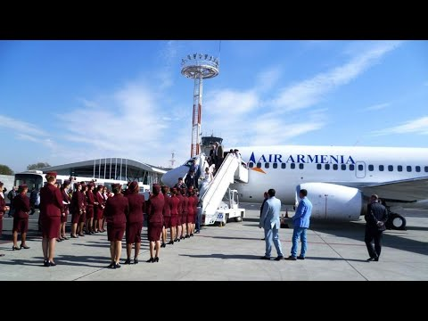 В Армении встретили первый авиарейс из России после возобновления полетов