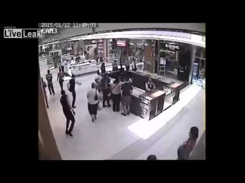 Robbery at Harris & D'arcy Jewellery Store in Cape Town
