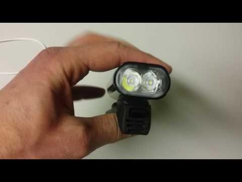 lezyne fietslampje voor op het stuur met elastiek