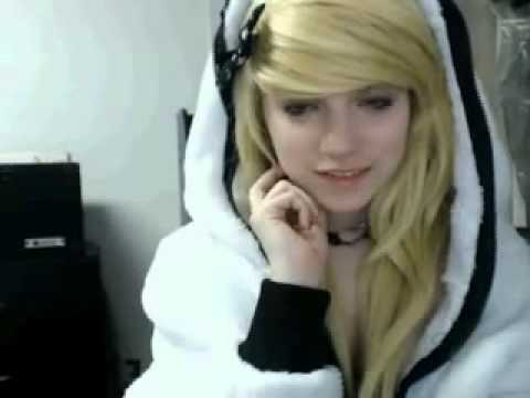 Beautiful Girl Emo On Play Chat Webcam