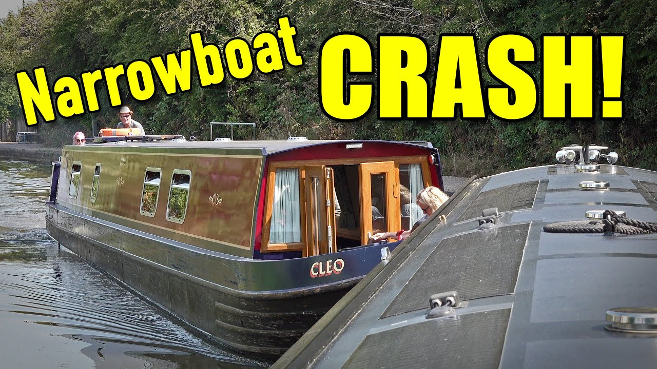 Narrowboats Crash as we explore the Coventry Canal!