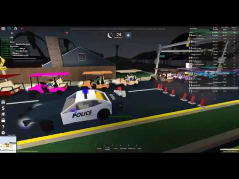 Roblox UD westover parade With the UD discord group - YouTube