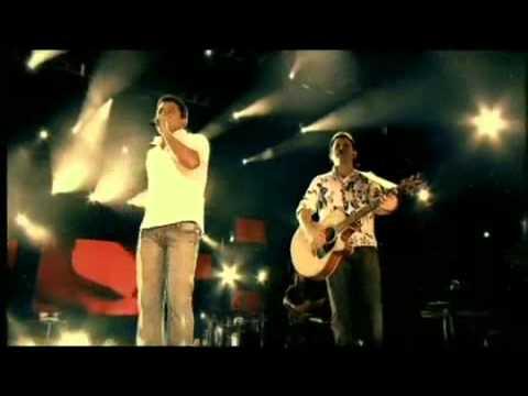 bruno e marrone choram as rosas palco mp3