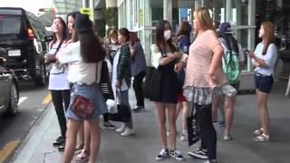 娱乐:G-Dragon返韩机场显疲惫 口罩帽子居家范