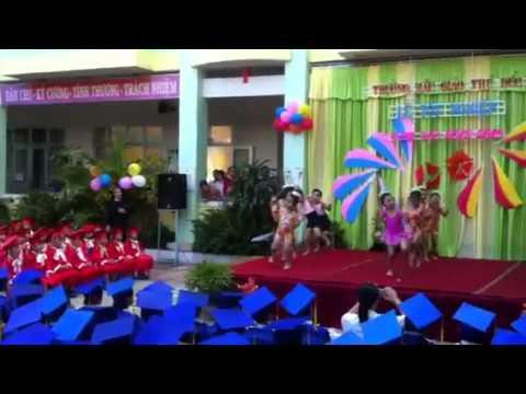 bé Bảo Tiên 4.5 tuổi múa Aerobic ở trường