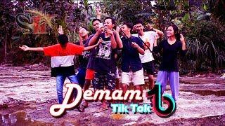 Video Demam Tik Tok (Film Pendek Lucu Boyolali)   Sambel Korek download MP3, 3GP, MP4, WEBM, AVI, FLV Agustus 2018