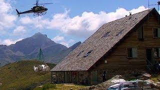 Héliportage et Alevinage - REFUGE D'AYOUS - Pic du Midi d'Ossau - Béarn - Pyrénées - Tv Izard