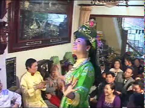 Hầu Bóng Việt Nam