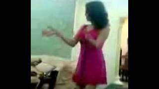 رقص منازل مصرية   رقص بنت بقميص النوم الاحمر الشفاف   رقص مهرجات سيجارة بني بنات