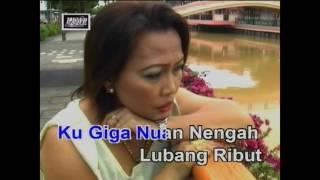 Download Mp3 Di Rantai Pengerindu - Linda