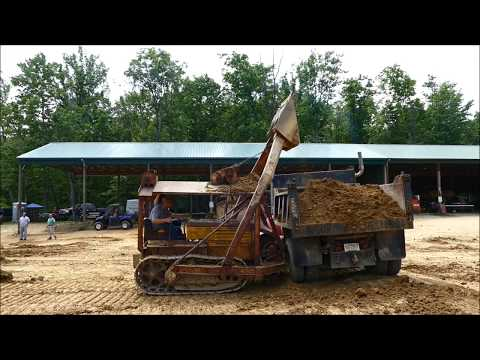 Cletrac with Sargent Overshot Loader - National Pike Show - May 2017