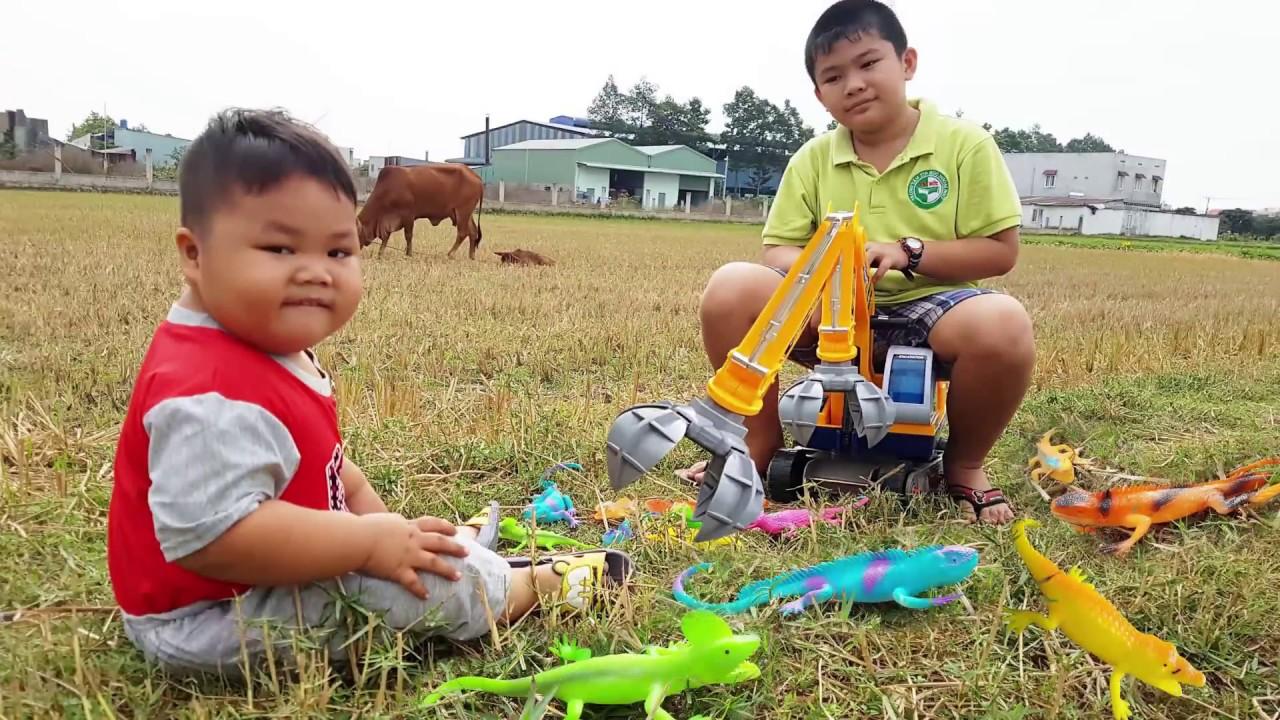 Trò Chơi Xe Máy Xúc Kỳ Nhông ❤ ChiChi Kids TV ❤ Đồ Chơi Trẻ Em