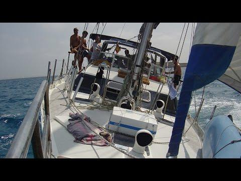 Ibiza navegando en velero