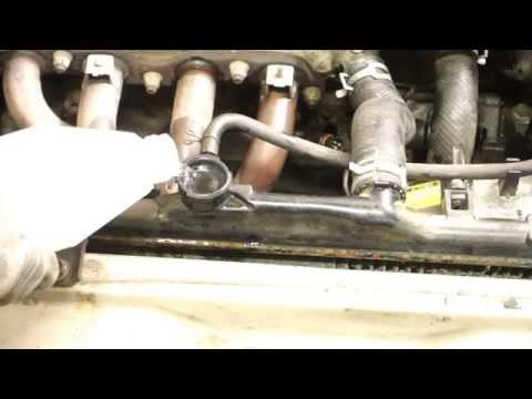 How to replace radiator Toyota Corolla. Years 1991 to 2002.