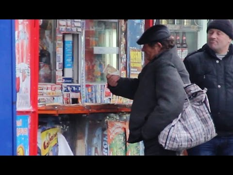 Как бездомный Украины потратит 100 грн. | How Does A Homeless Man Spend 100 UAH