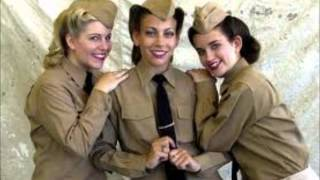 Andrews Sisters- Rainy Night In Rio