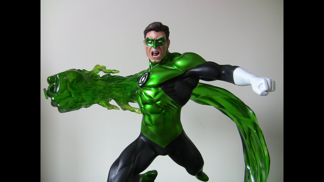 It is a photo of Unusual Pictures of Green Lantern