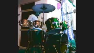 drummer sridhar play tamil song