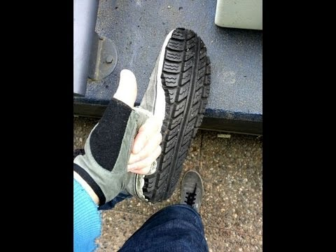 7c7f844264d7 Easy Way How to customize the right pair of shoes with a used tire ...