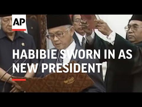 INDONESIA: JAKARTA: B J HABIBIE SWORN IN AS NEW PRESIDENT