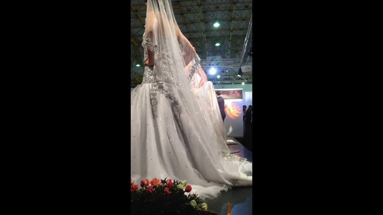 D fil robes de mariage foire farha sfax 15 novembre 2013 for Don de robe de mariage militaire