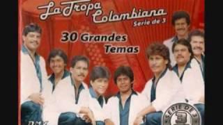 LA TROPA COLOMBIANA  (  yo bailo solo  )