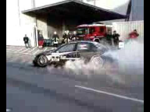 Audi A4 DTM burnout