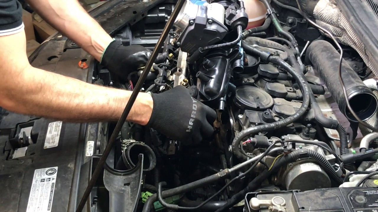 How to install the Intake manifold and valve cleaning 2012 VW TSi 2 0Part 2 - YouTube