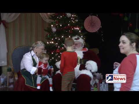 Santa visits students at Lansberry Elementary School