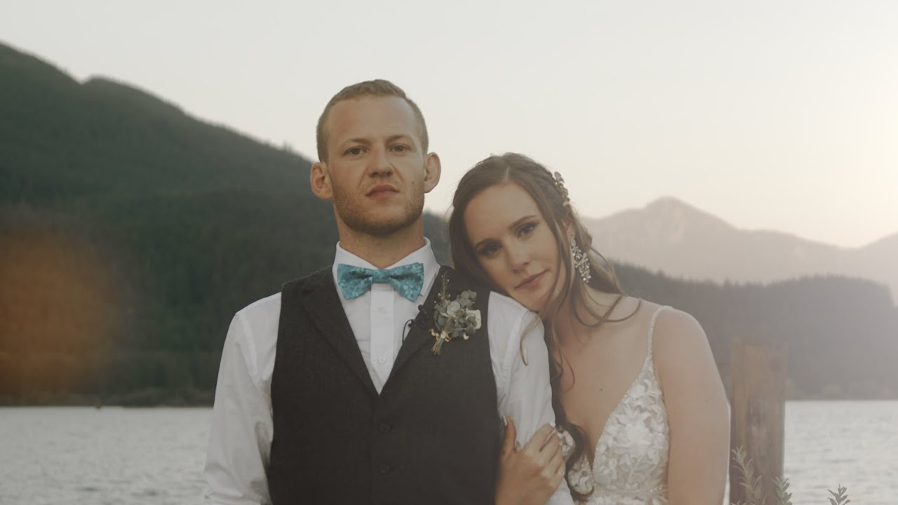 Rowena's Inn & Helicopter Vancouver Wedding Video [Emily & Devon]
