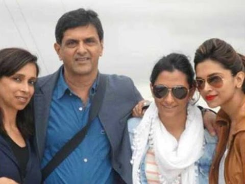 Deepika Padukone | With Family | Mother | Father ...