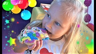 Обложка на видео о Видео для детей про ИГРУШКИ и куклу РЕБОРН Алиса или Toys and dolls for kids play