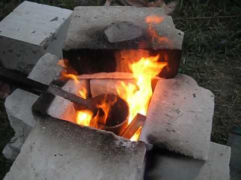 Плавим алюминий,Латунь на дровах и угле.Горение латуни