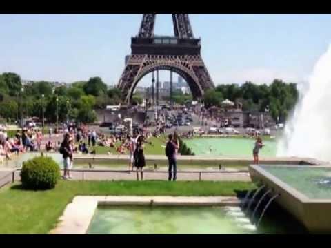 Paryż.Pływanie po Sekwanie.
