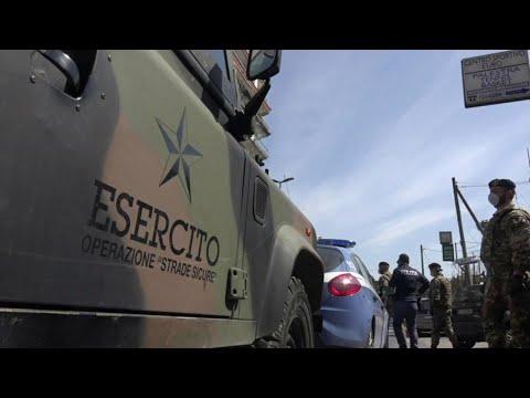Coronavirus, a Napoli controlli per le strade con polizia ed esercito