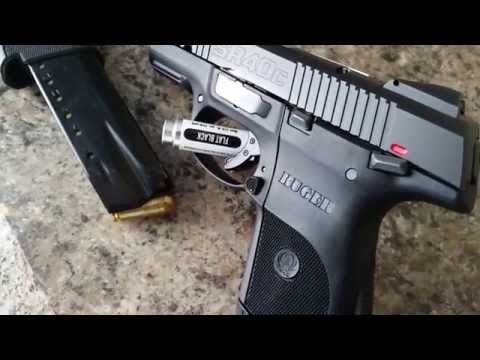 Close up look at the Ruger SR40C