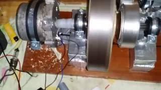 Homemade Energie Liberă Generator 12 volți 15 amperi.. Video