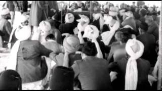 Urdu Poem: Bataoon Tumhein