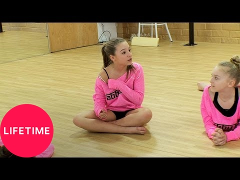 Dance Moms: Bonus: Reminiscing at Rehearsal (S6, E21) | Lifetime