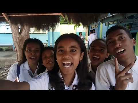 """Suara Emas Dian Sorowea (Penyanyi Lagu """"Karna Su Sayang"""") Saat HUT Ke -28 SMAS Bhaktyarsa Maumere"""