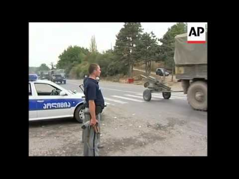 Georgian security allow Russian troops to pass through checkpoint