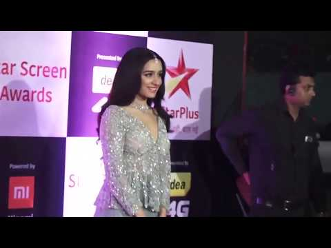 Shraddha Kapoor Receives A Warm Welcome On Sets Of Baaghi 3 - बॉलीवुड की नई खबर २०१९ Mp3