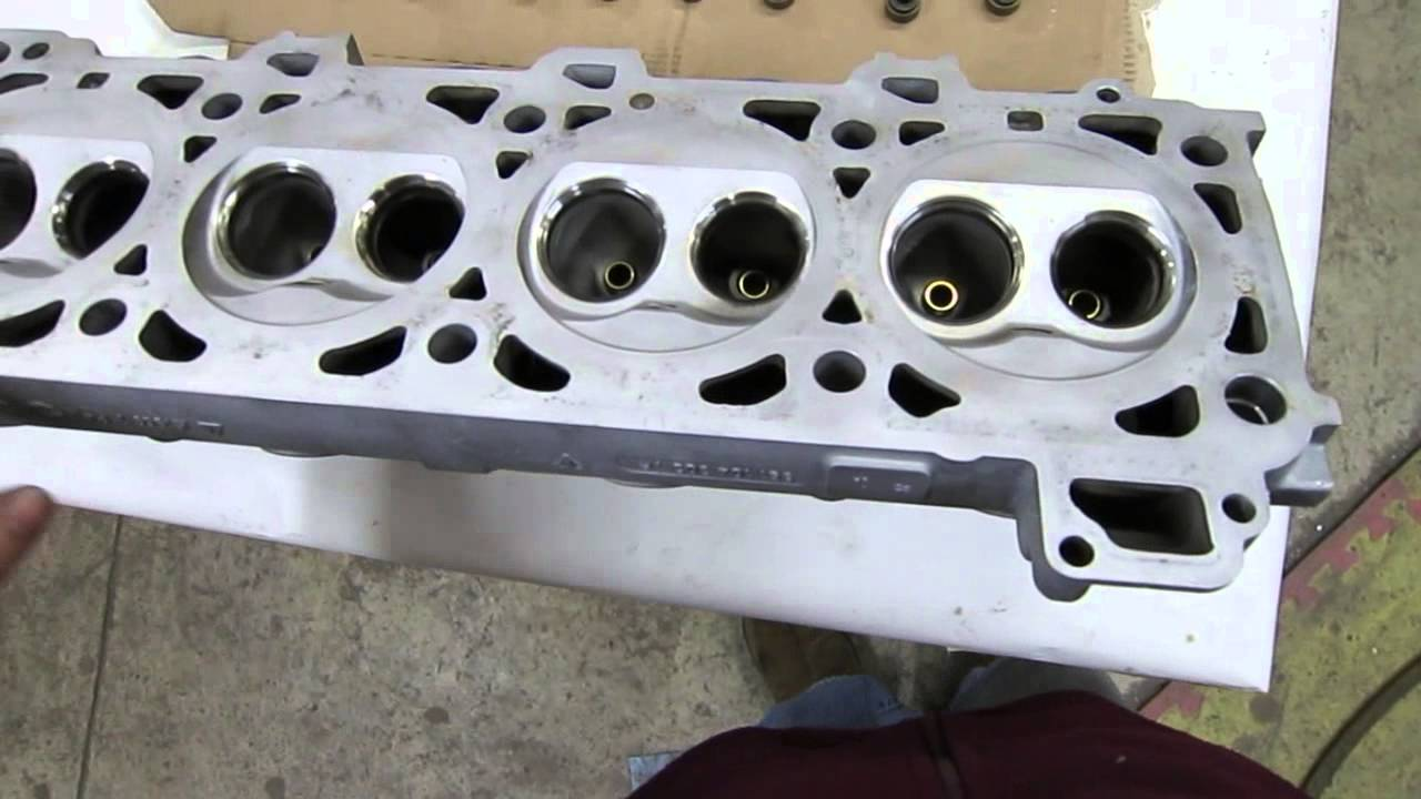 Looking at a Porsche 944 8-valve head