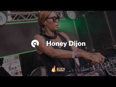 Honey Dijon @ Kappa FuturFestival 2017 (BE-AT.TV)