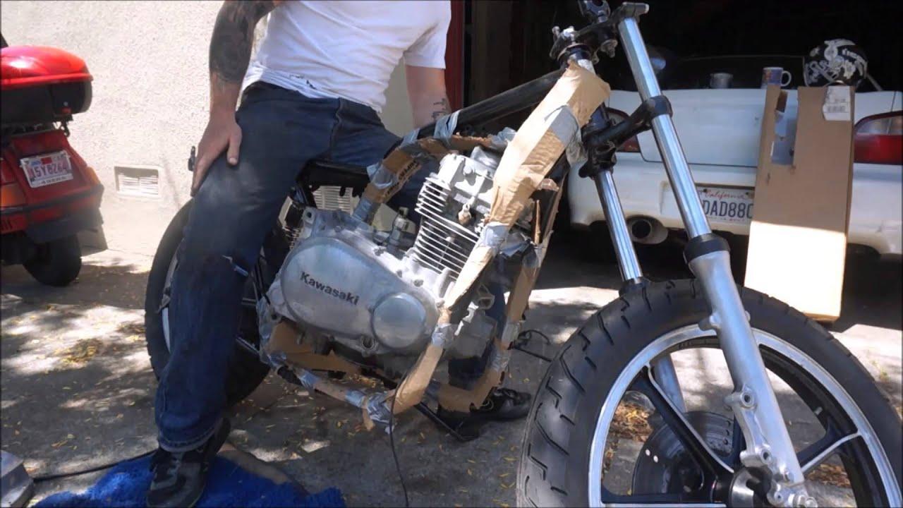 Kawasaki Kz400 Restoration Part15  Putting The Engine Back